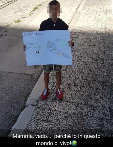 Clima: 12enne solo protesta nel Foggiano