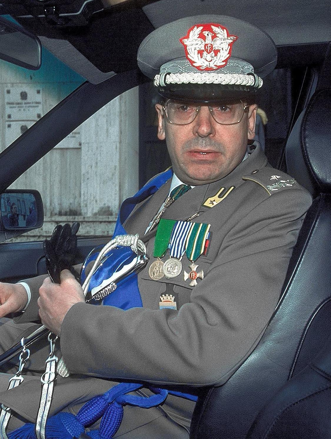 Un generale che ha servito la legge?