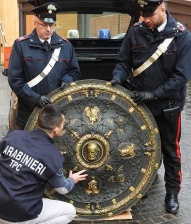 # Importante operazione dei Carabinieri: ritrovato lo scudo di Garibaldi
