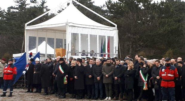 """In migliaia alla Foiba di Basovizza nel """"Giorno del Ricordo"""""""