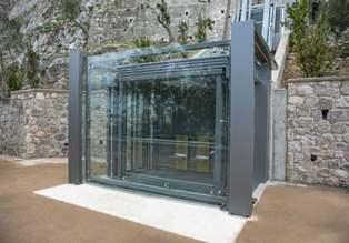 Un ascensore italiano all'acropoli di Atene