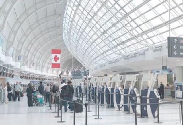 Il Canada blinda i confini : quarantena e stop voli ai Caraibi