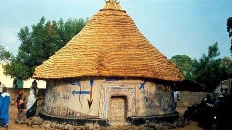 La cerimonia della casa sacra di Kangaba