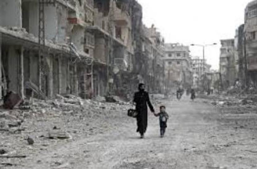 Il popolo siriano cerca cibo nella spazzatura. Stop alle sanzioni