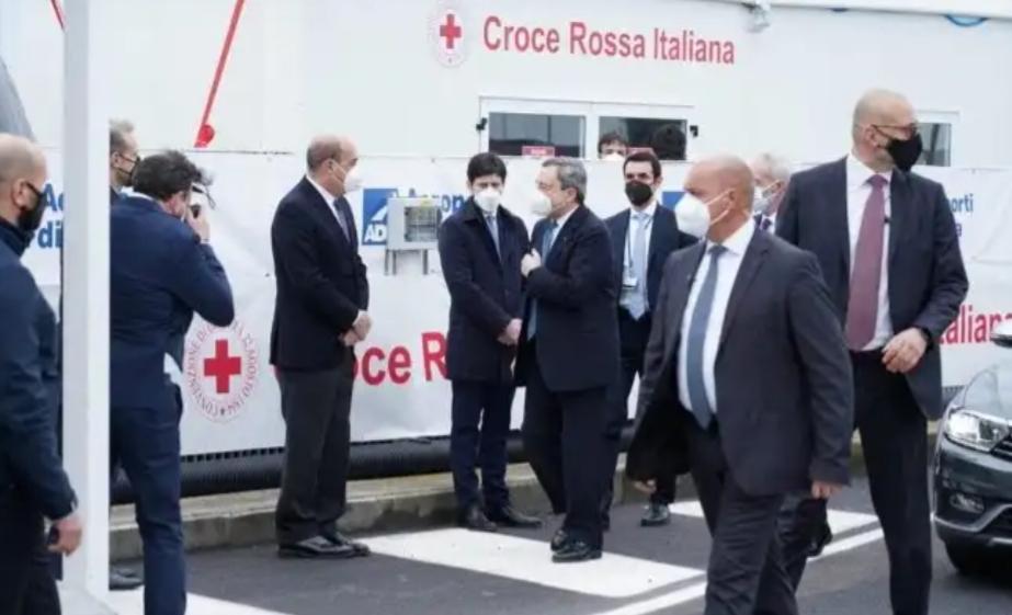Piano vaccinale anti covid nelle scuole italiane all'estero:la Uil Scuola chiede l'intervento del Ministro Di Maio