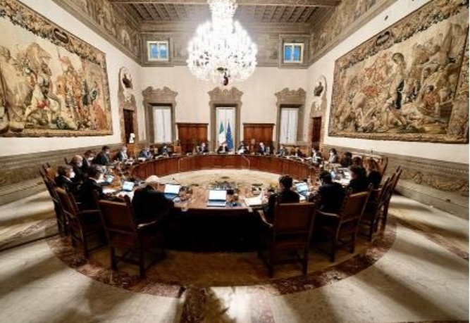 Il consiglio dei Ministri cara il Decreto Sostegni