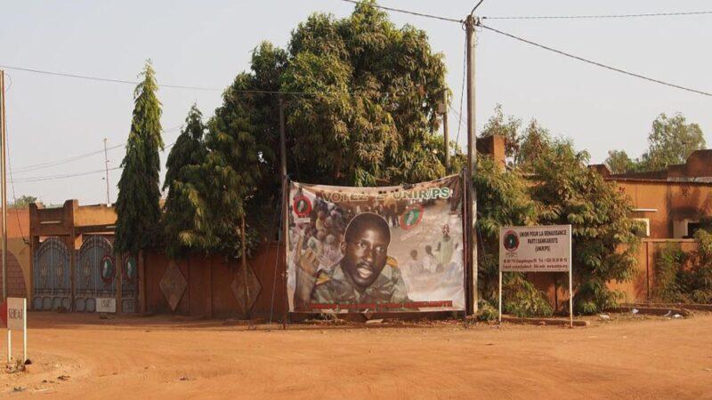 Burkina Faso: oltre 32 anni fa un piccolo uomo dalla pelle nera sfidò i potenti del mondo