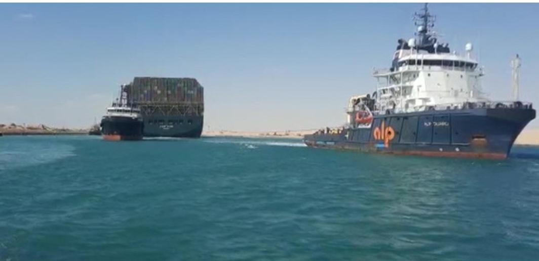 Disincagliata la Ever Given. Il traffico sul Canale di Suez riprende