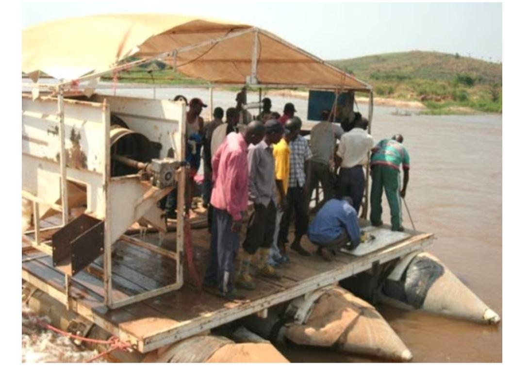 Mbujimayi : grâce à la relance de la MIBA, le diamant dans la roche kimberlique de massif jamais exploité, est en train d'être extrait !