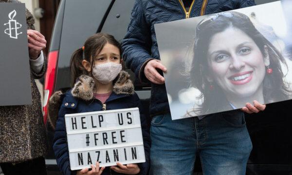 Teheran condanna l'anglo-iraniana Nazanin a un altro anno di carcere