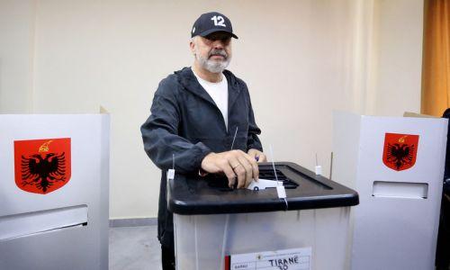 Edi Rama vince ancora le elezioni in Albania