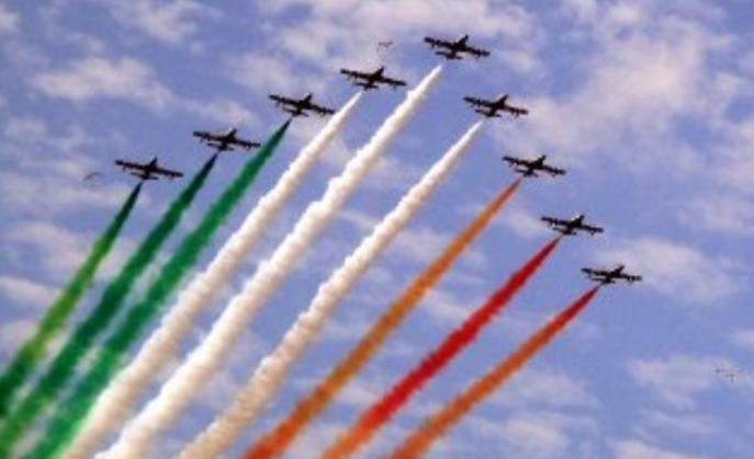 Le frecce tricolore volano sul Gran Premio di F1