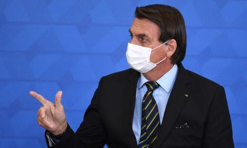 Bolsonaro minaccia l'uso dell'esercito contro le restrizioni anti Covid