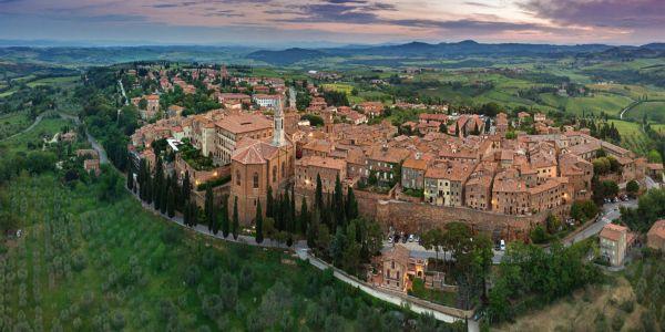 """Turismo delle radici in Toscana: Pienza, la città """"ideale"""" del Rinascimento voluta da Papa Pio II"""