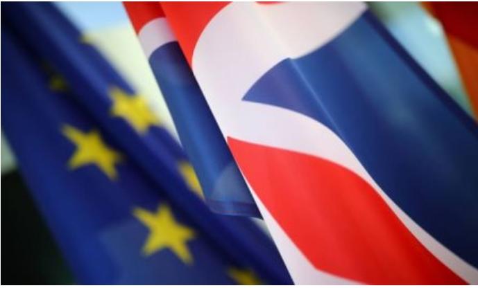 Brexit:l'Europarlamento ratifica l'accordo