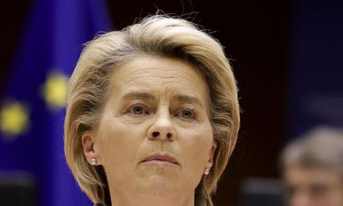 """Von der Leyen: """"Colpita  in Turchia perché donna"""""""