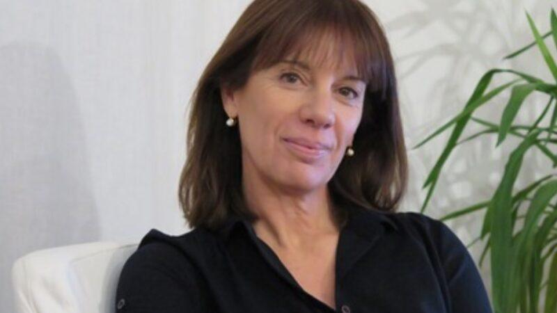 Presidenza Amref: Paola Crestani succede a Mario Raffaelli