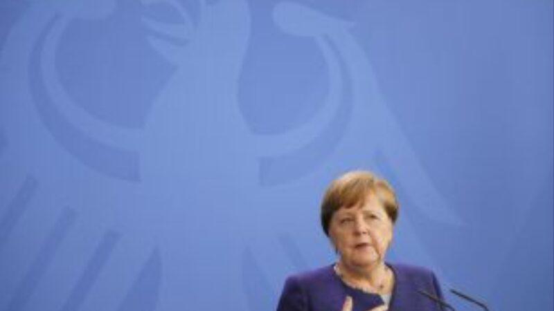 Vaccino,no della Merkel a sospensione brevetti