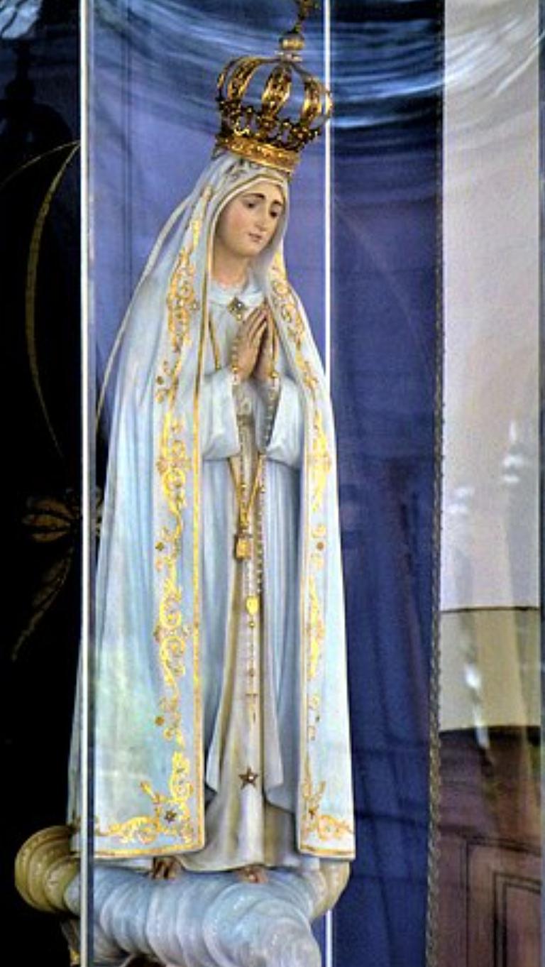 Arriva la festa delle mamme e della Madonna di Fatima