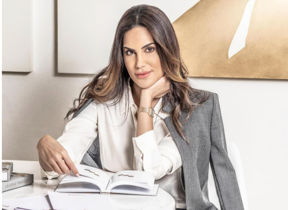 Una principessa araba in cattedra insegna la resilienza a Milano.