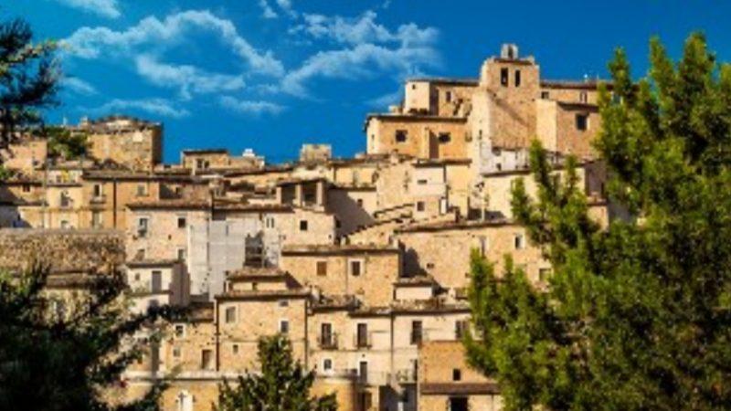 Vacanze: 3 italiani su 4nei piccoli borghi