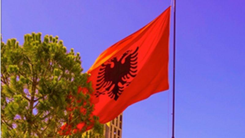 """Mostre: """"I Veggenti"""", l'arte italiana conquista l'Albania"""
