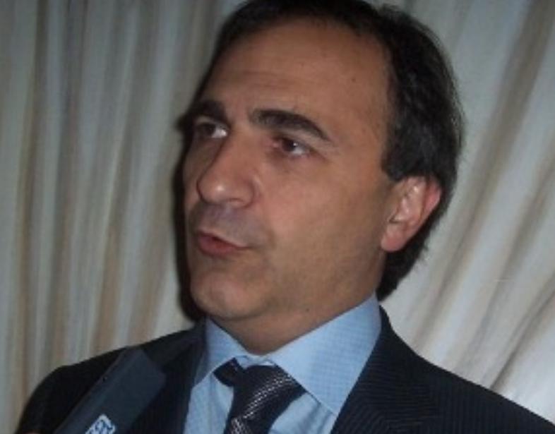 Green Pass anche agli italiani all'estero vaccinati nei loro paesi di residenza: Merlo (Maie) interroga Speranza
