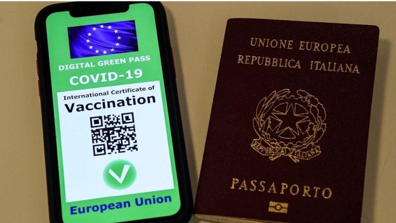 Green Pass anche per gli italiani che si sono vaccinati o ammalati all'estero: ecco come ottenerlo