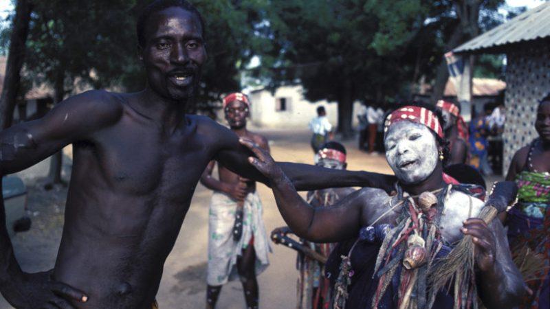 In Kenya non ci sono solo vampiri ma anche streghe e spiriti